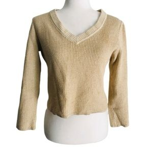 St. John large sweater gold V-neck crop to waist